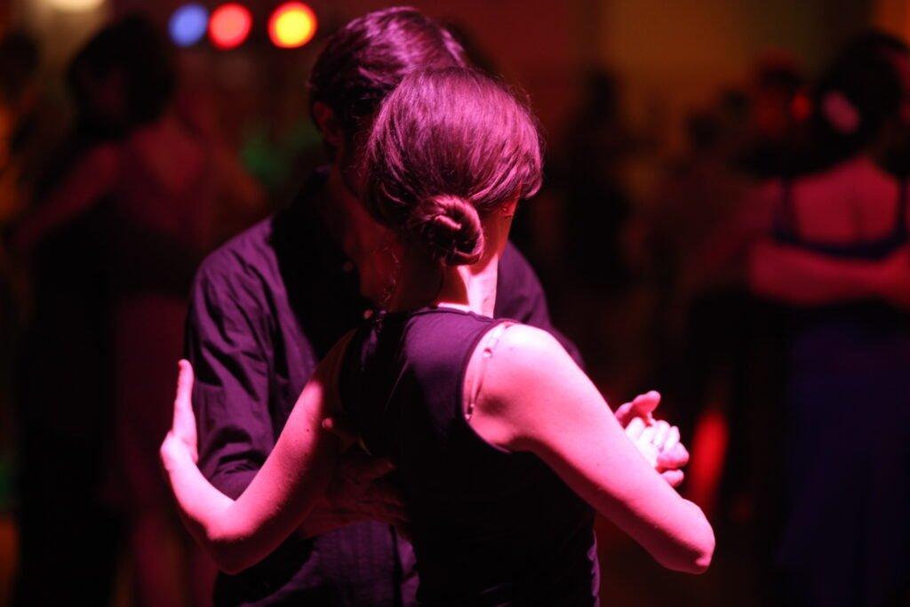 Tango Argentino für Führungskräfte, Führungskanon, Führen und Folgen, Leadership, Embodiment
